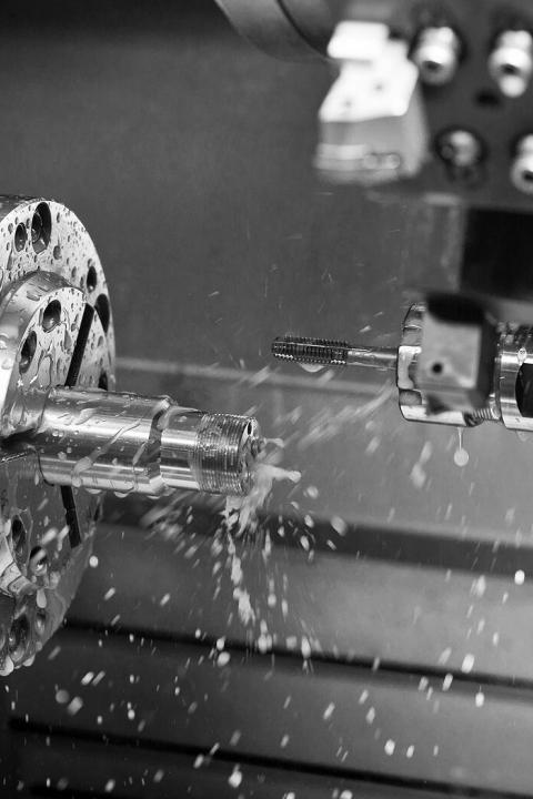 Radius-machining-cnc-turning